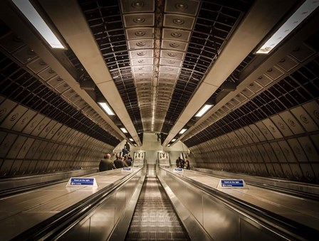 London Metro by Duncan art print